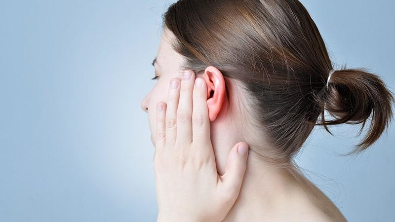 رسیدگی نکردن به علائم عفونت گوش